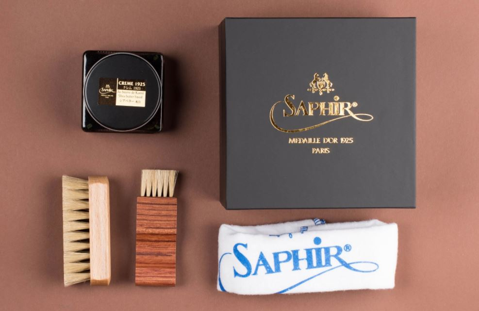 Holiday Gifts For Modern Gentlemen - Shoe Cleaning Kit