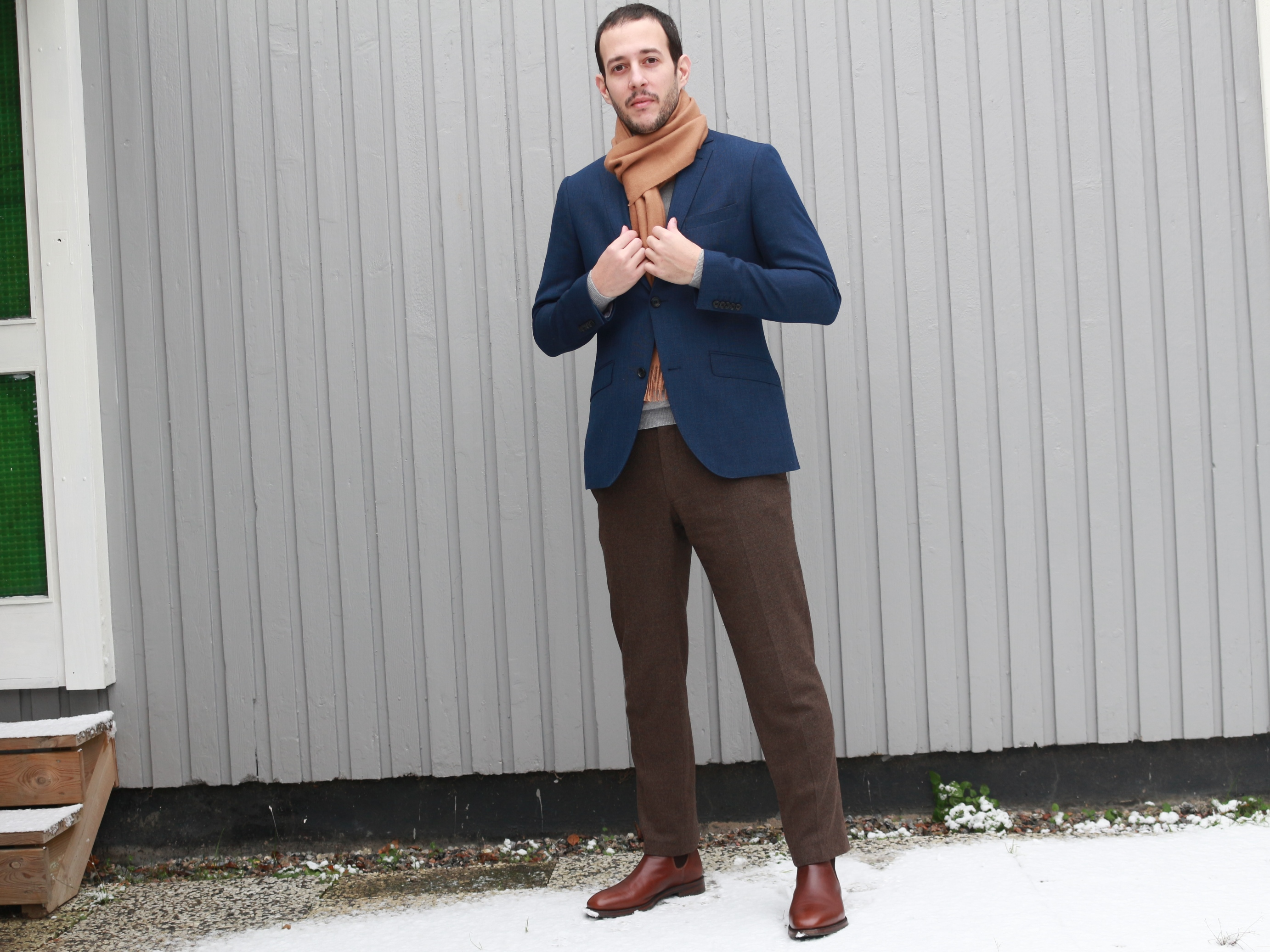 Suitsupply Alpaca Scarf Review: Light Brown