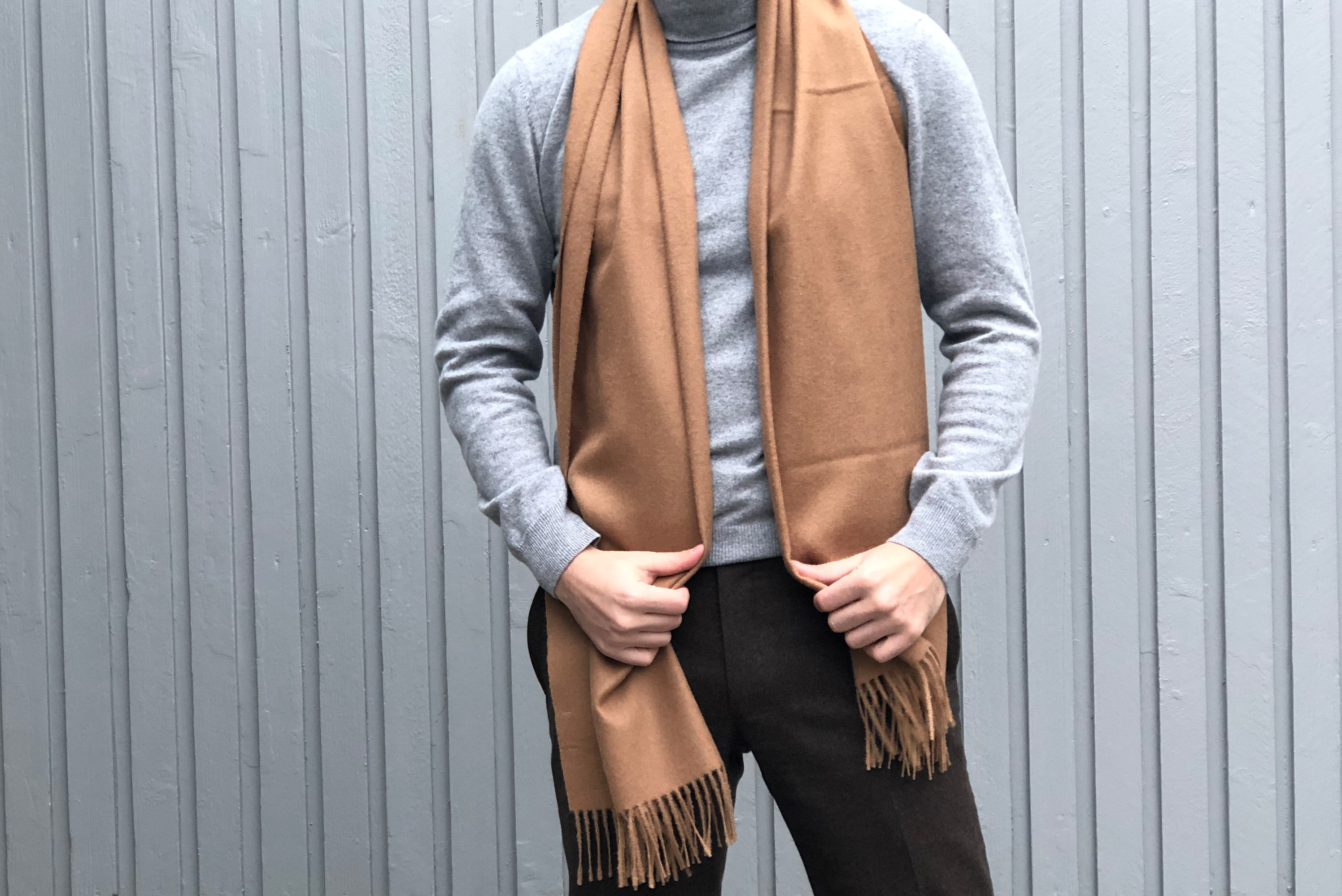 SUITSUPPLY ALPACA SCARF IN LIGHT BROWN REVIEW