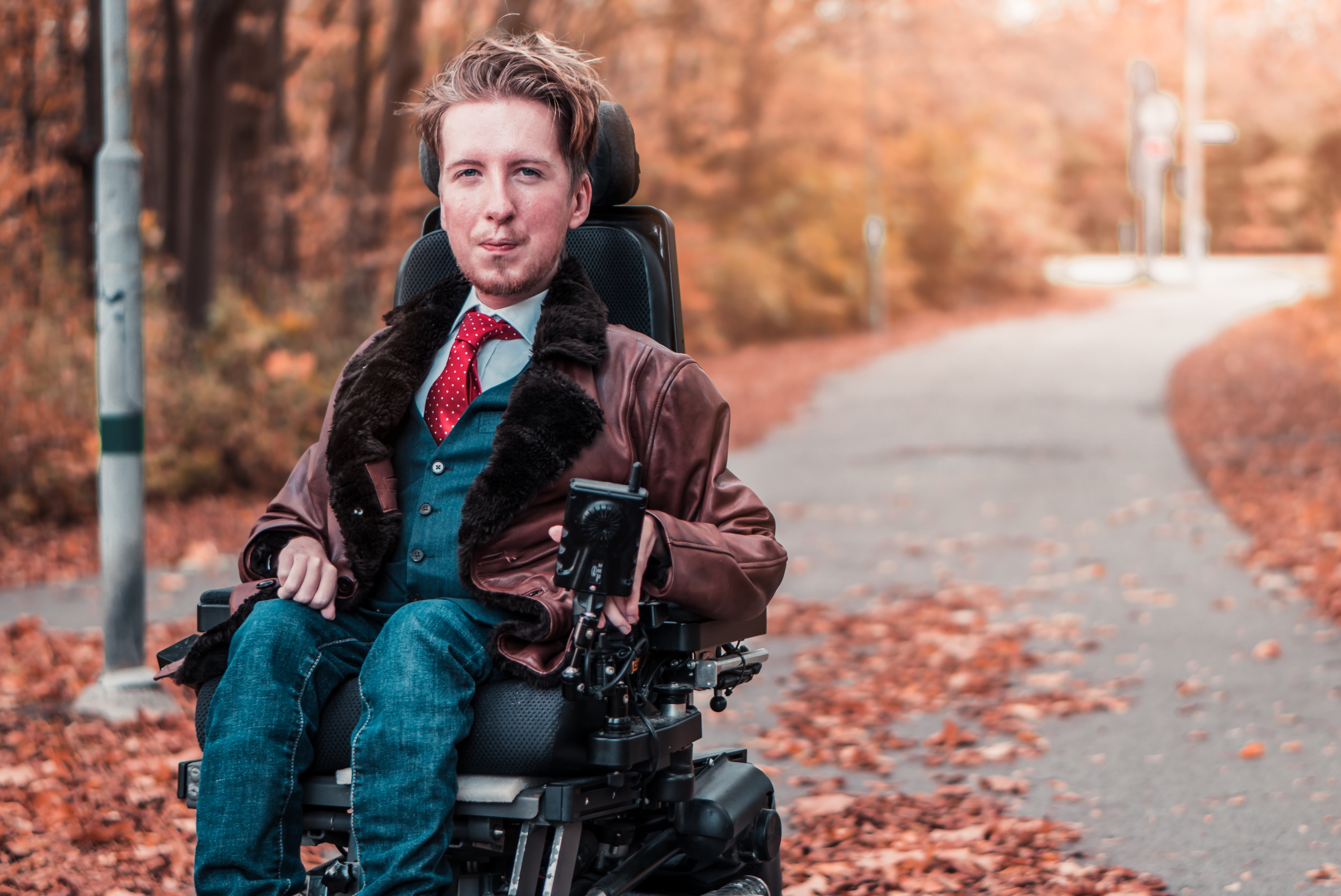 LIFE AND DISABLED FASHION