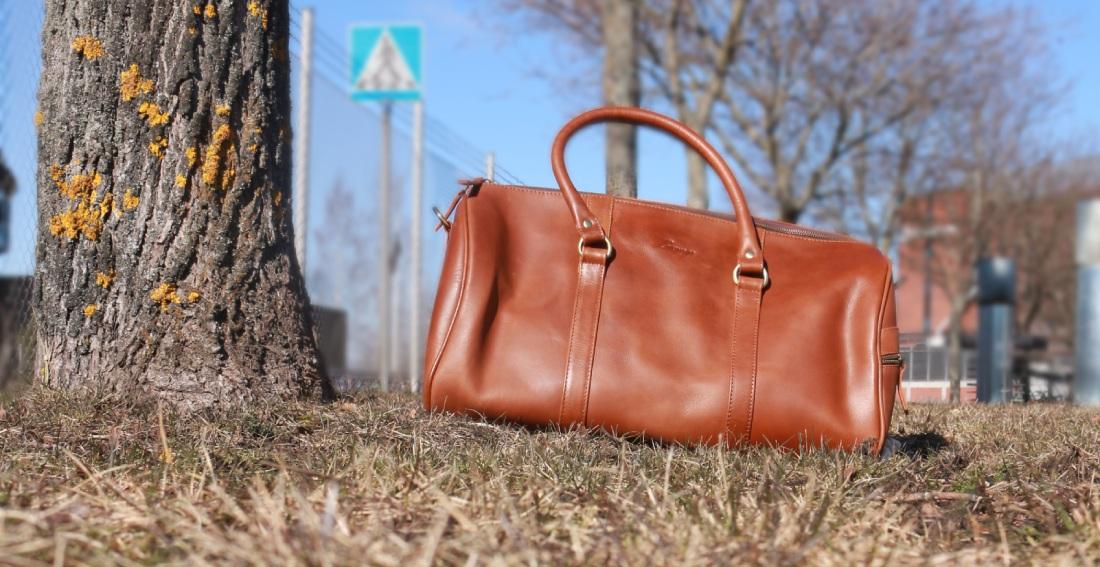BAWEGO Weekender Bag Review - Misiu Academy