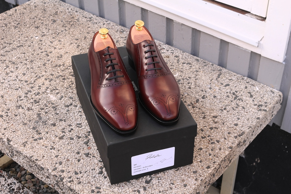 TLB Mallorca Review - Shoes and Box