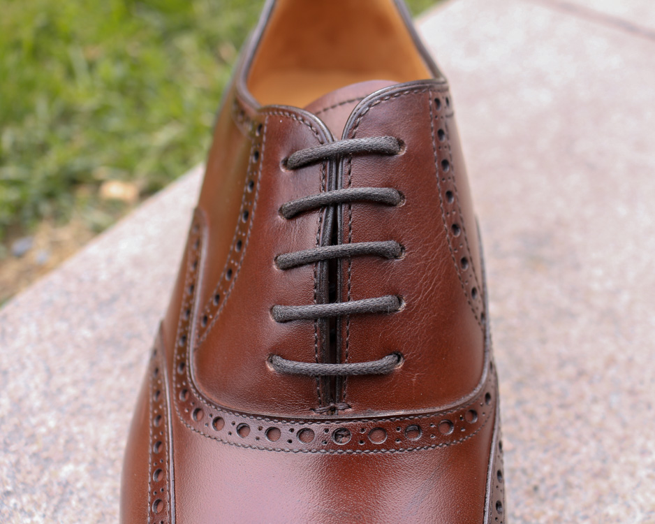 Carlos Santos Wingtip Oxford Lacing