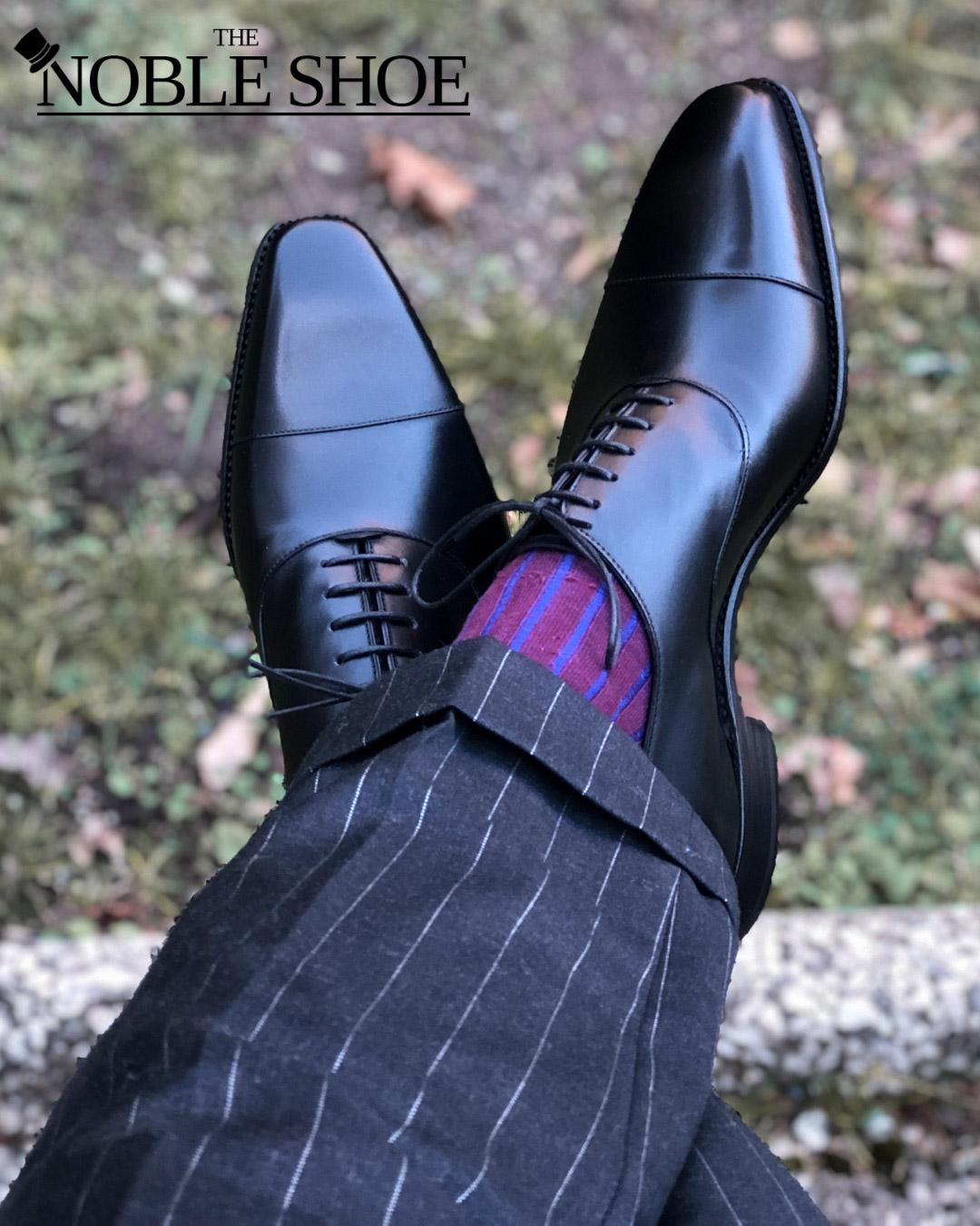 Carlos Santos Black Oxfords for the noble shoe
