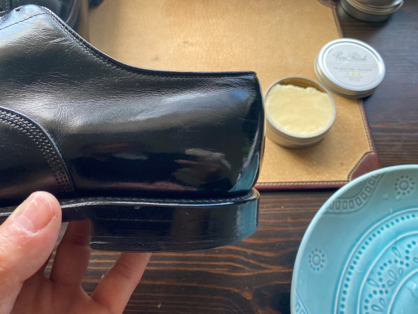 how to polish shoes - mirror shine guide 17