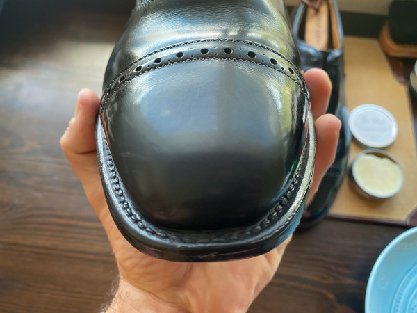 how to polish shoes - mirror shine guide 18